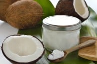 6 Reasons to Avoid Coconut Oil, Milk or Flour