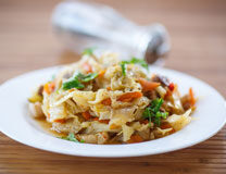 Caramelized cabbage with bacon and apples